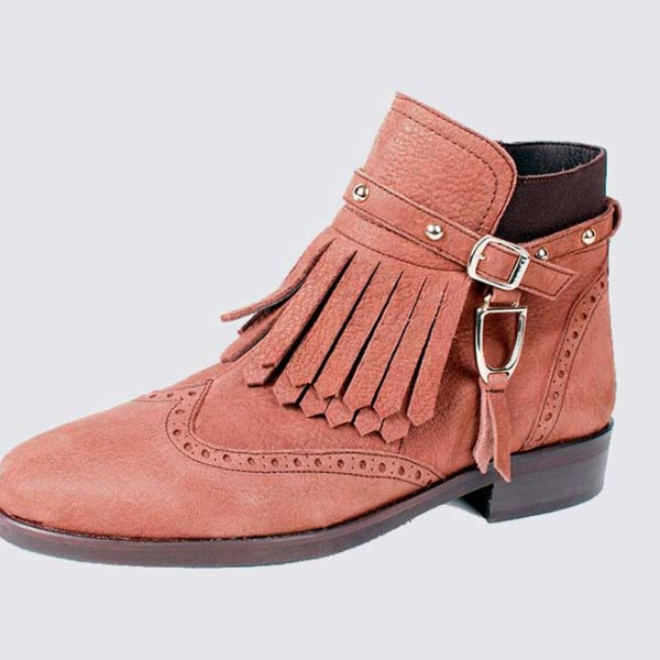 Small size fringe ankle boot camel leather