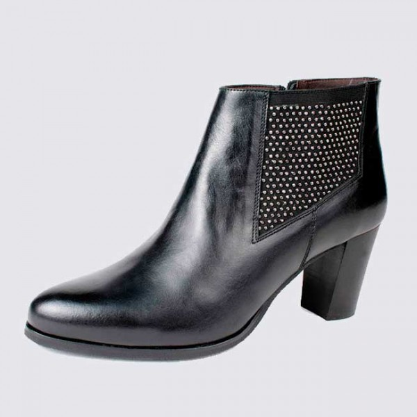 Small Size black ankle leather Chelsea bootie